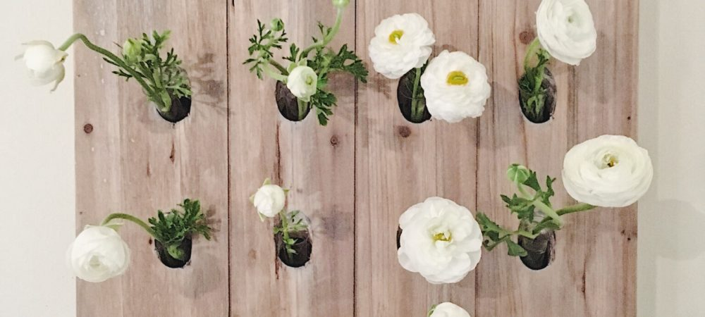 MAKE IT YOURSELF // Creating a Flower Display Board