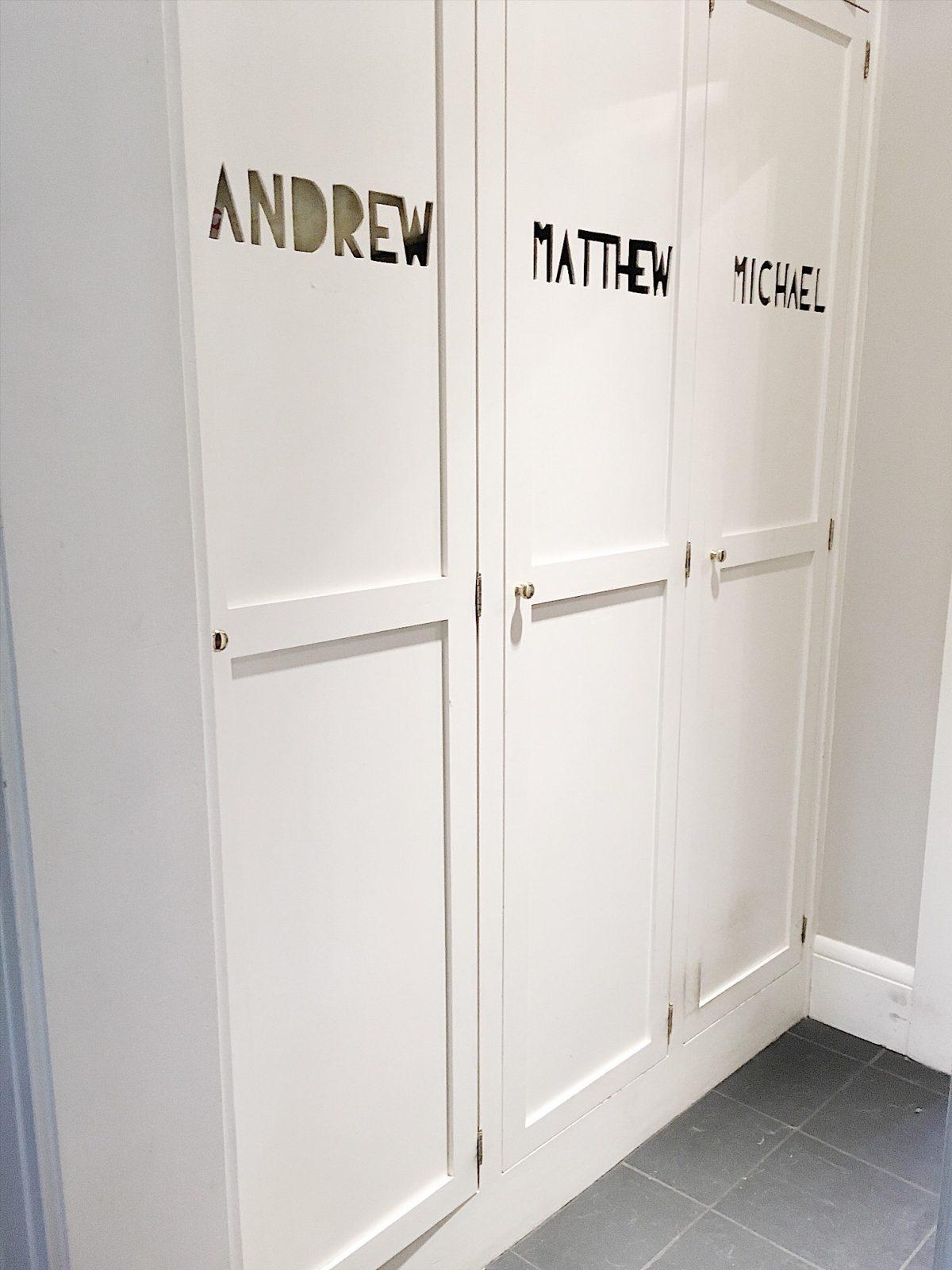 built in lockers.JPG