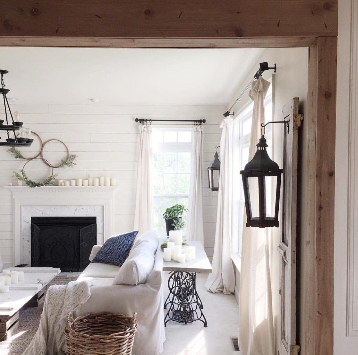 the simple farmhouse family room 2.JPG