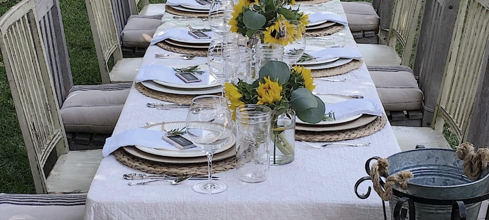 TIPS // Hosting a Summer Garden Dinner Party