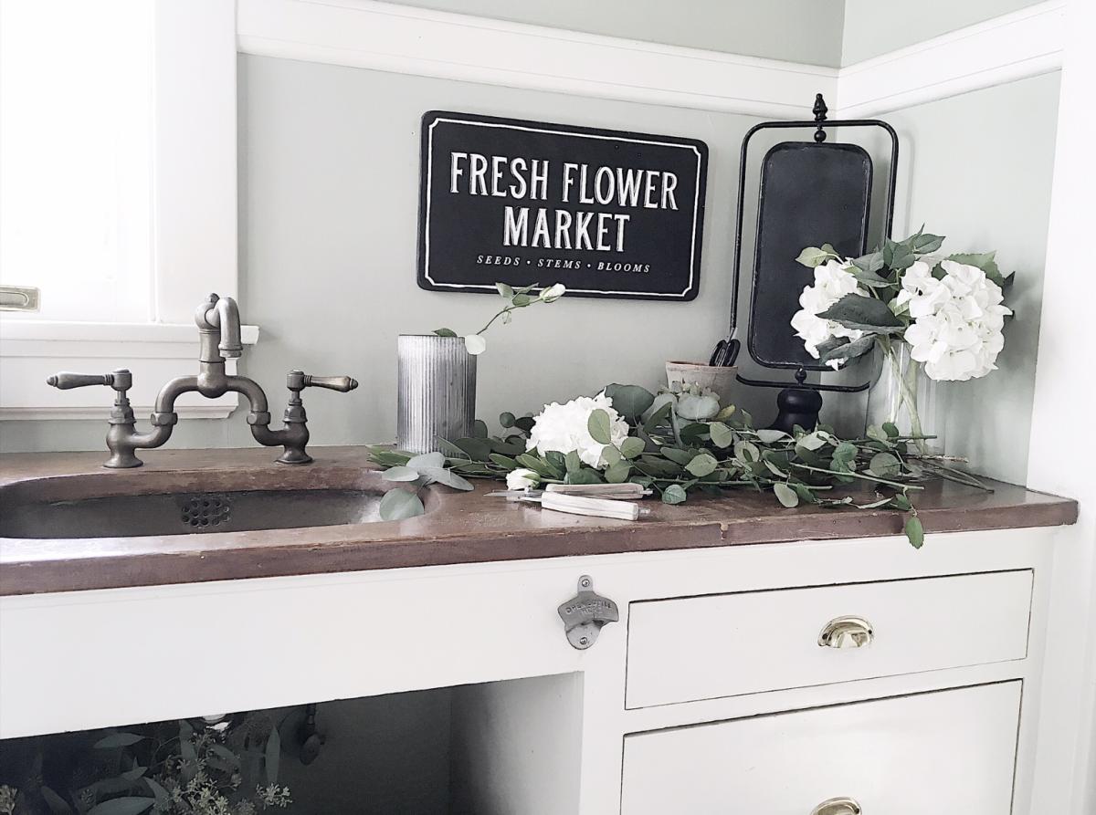 flower arrangements at home