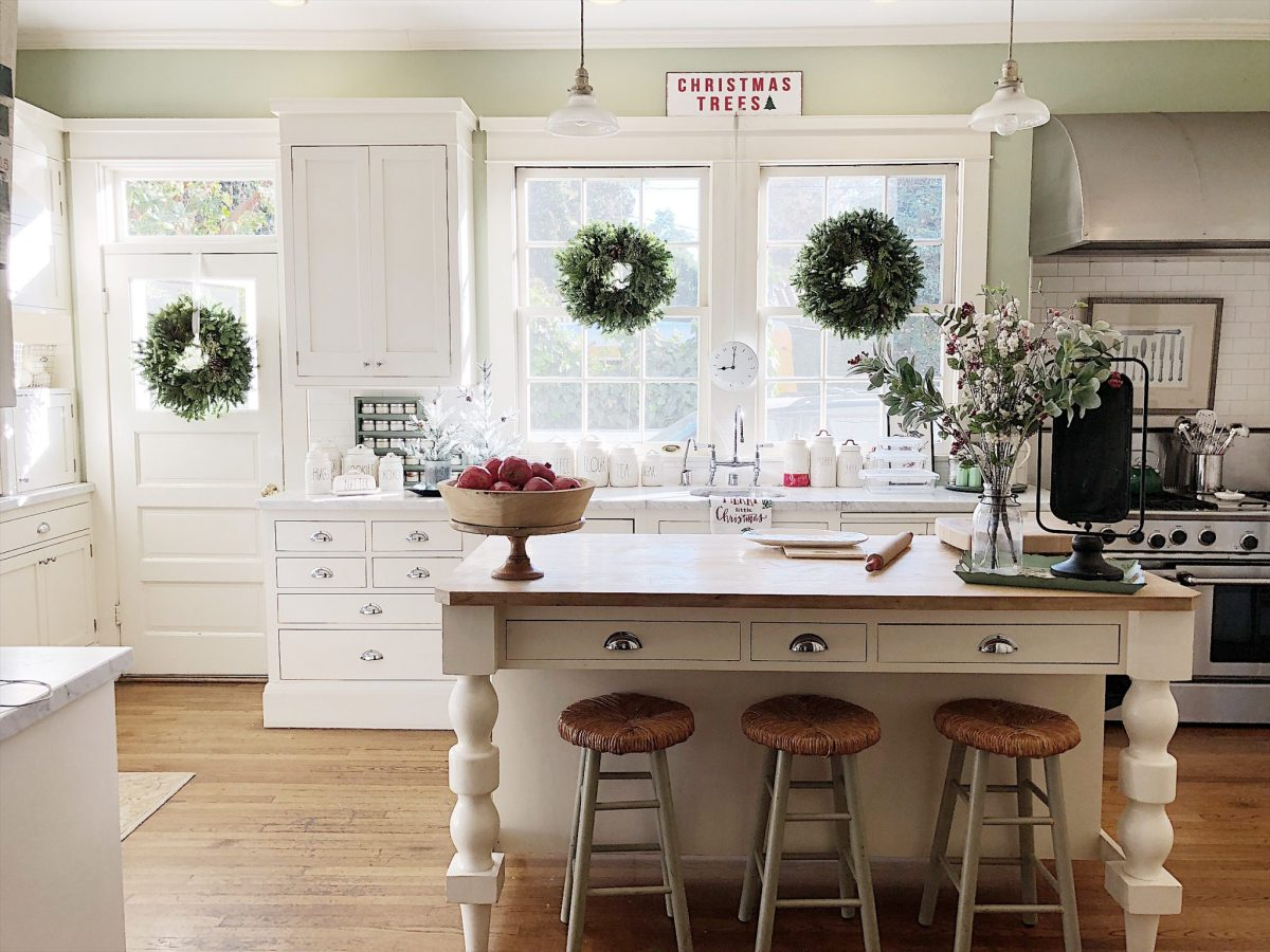 Christmas Blog Hop - My 100 Year Old Home