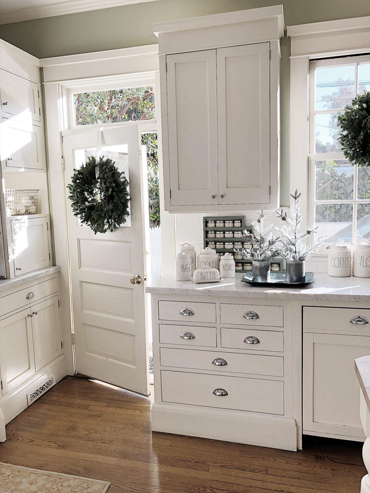 Kitchen decor Christmas