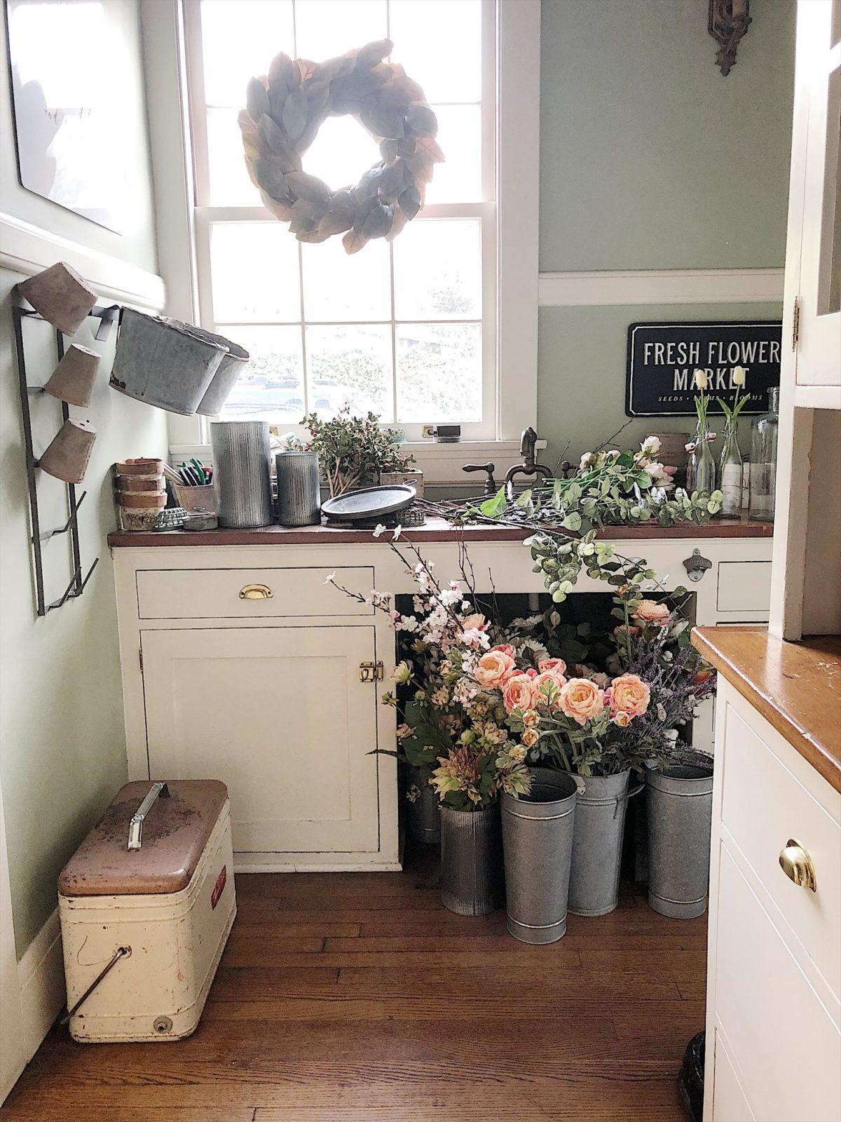 Room Arranging: Set Up Your Own Flower Arranging Room