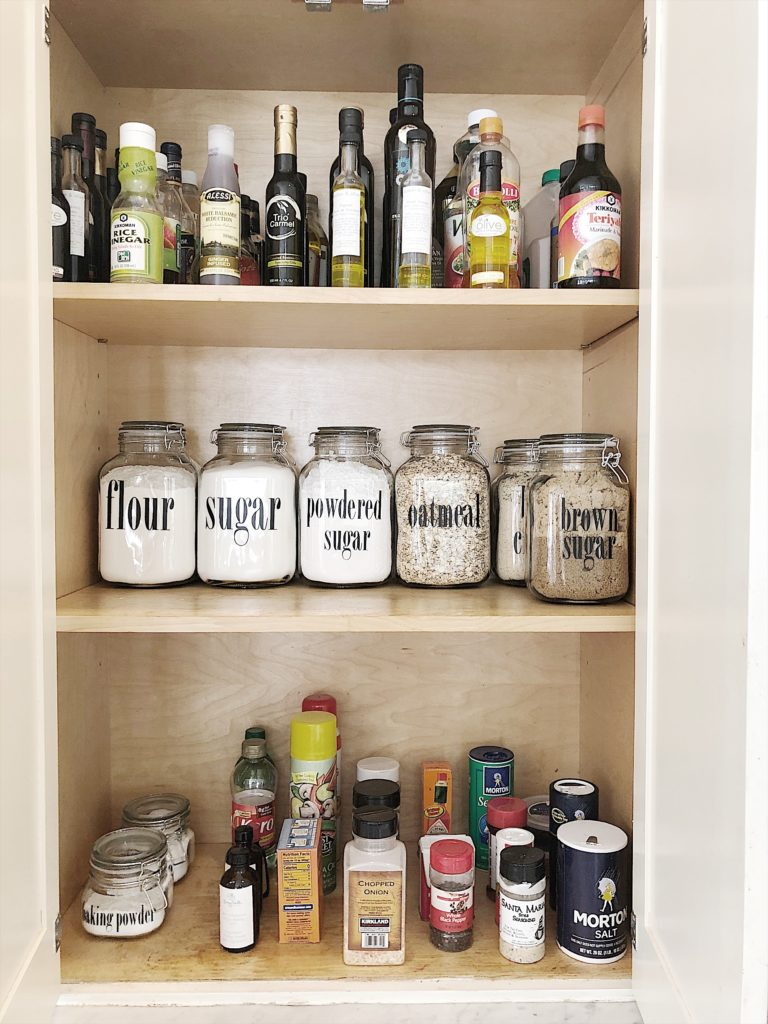 how to organize a pantry 13