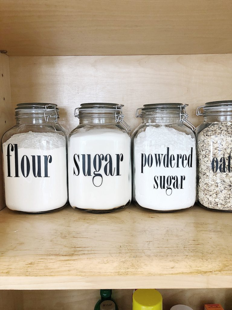 how to organize a pantry 2