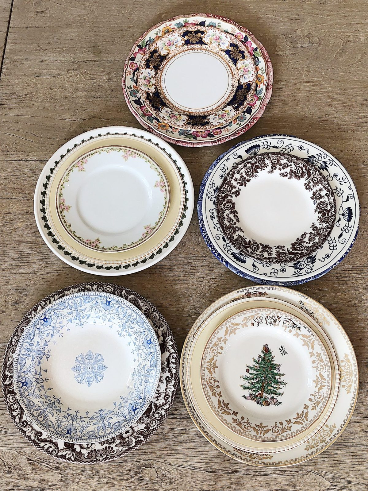 setting a table with spode