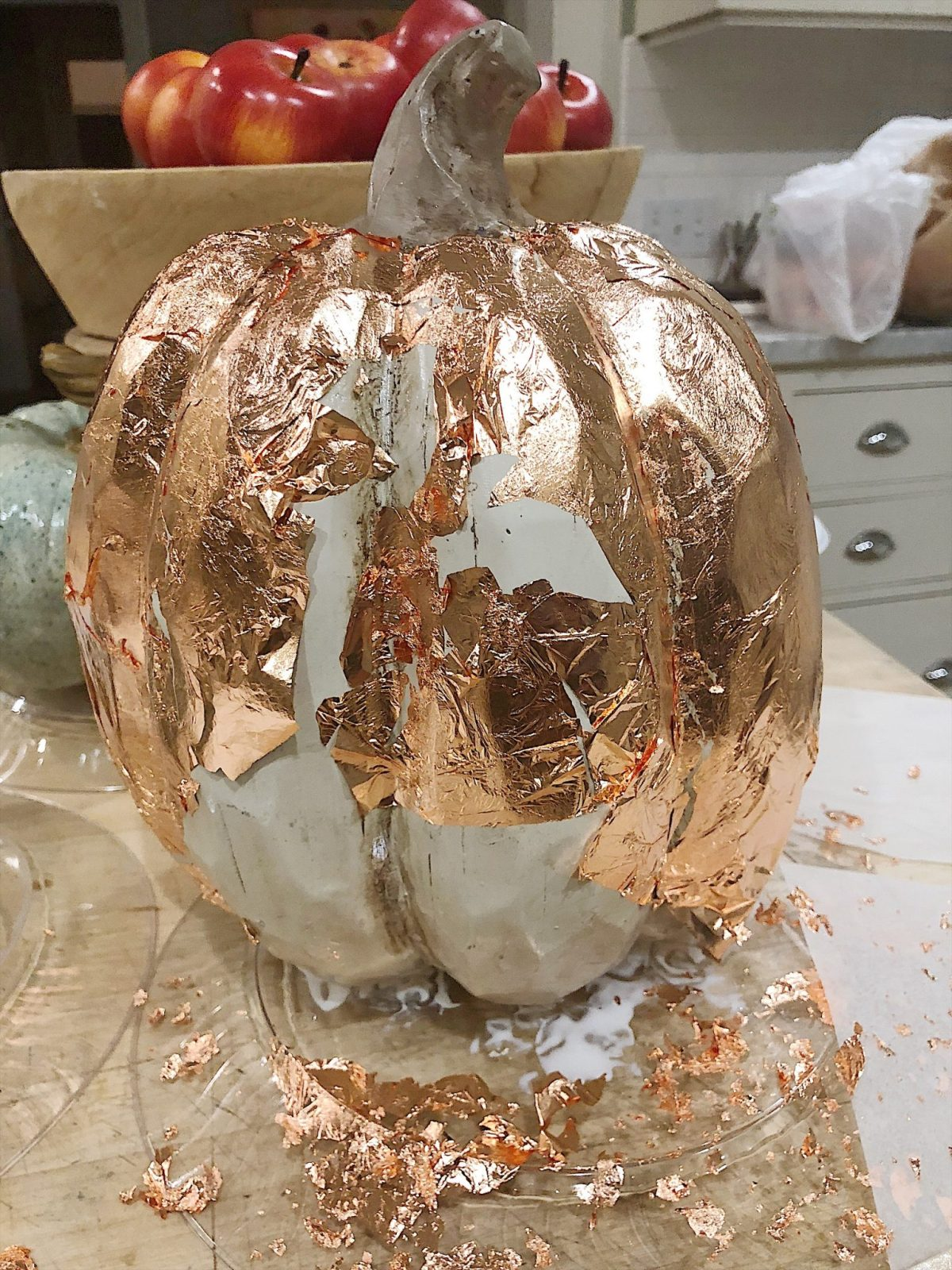 Fall metallic pumpkin crafts