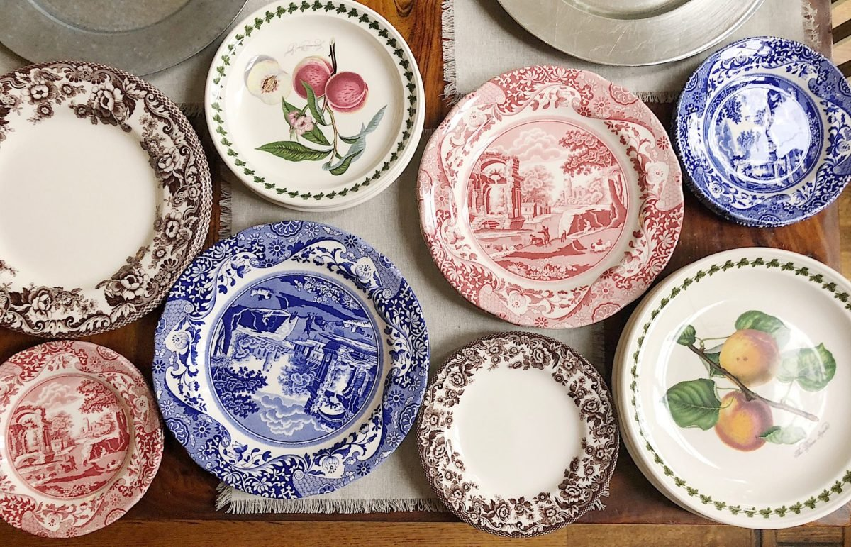 how to set a table with spode