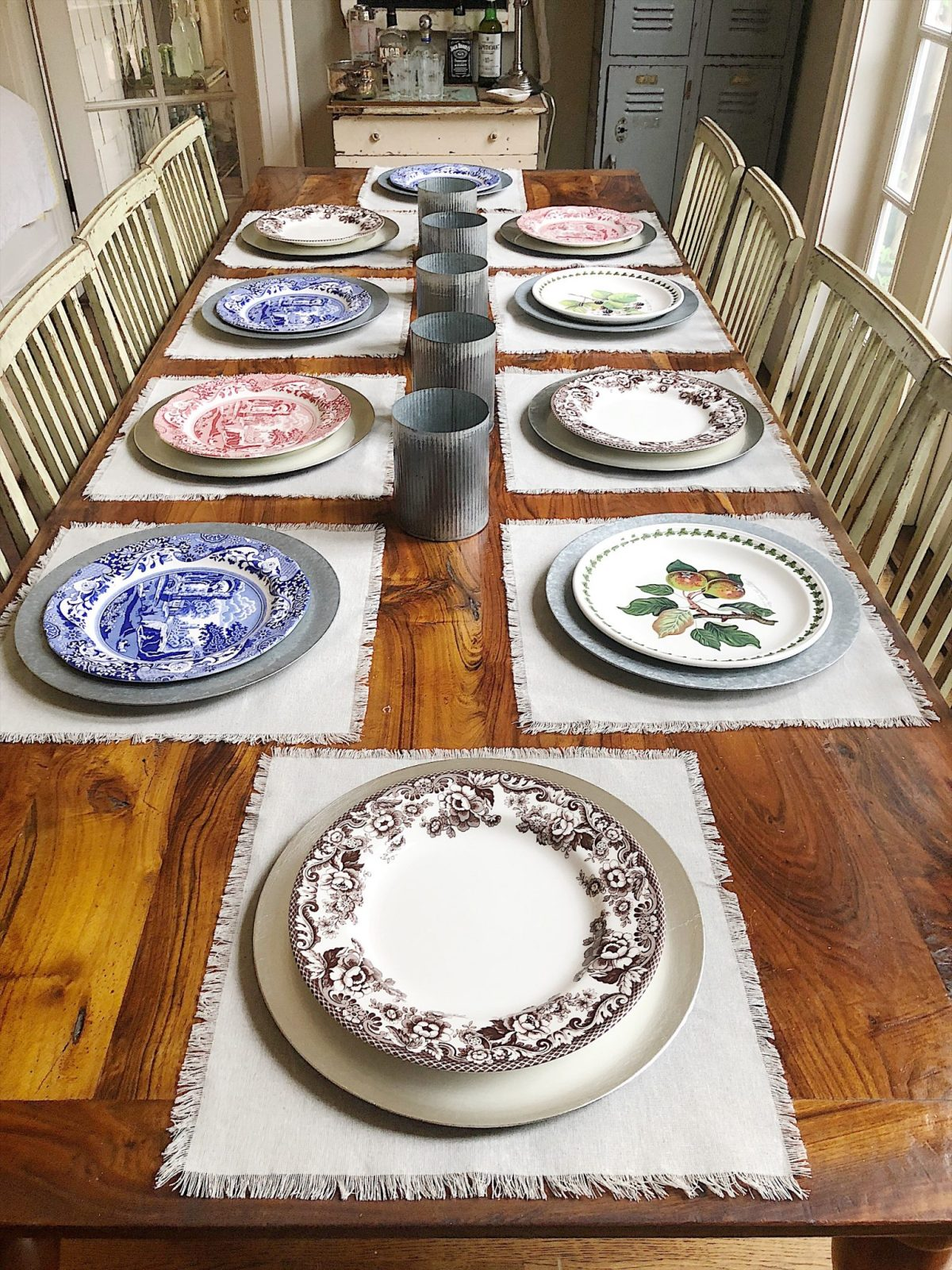 how to set a thanksgiving table with spode