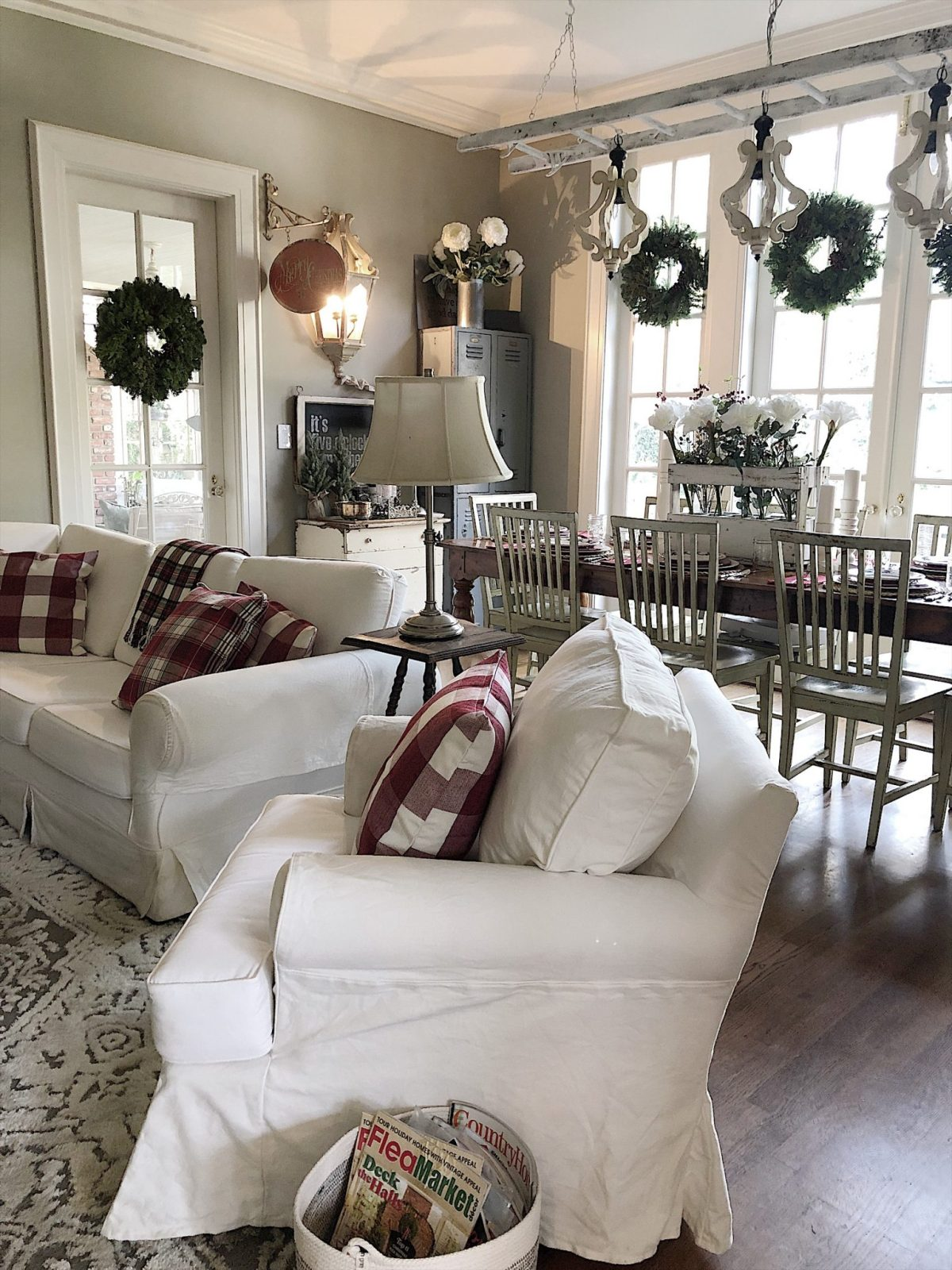 Holiday Housewalk Tour Family Room