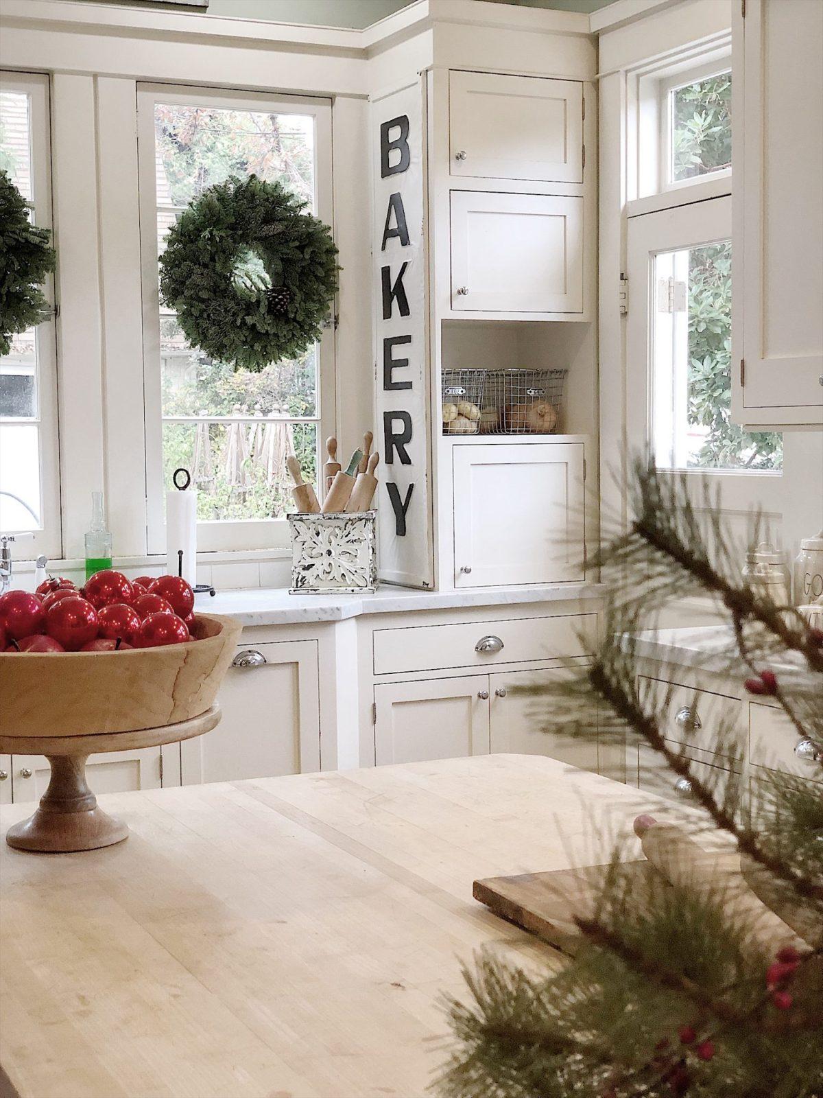 Holiday Housewalk Tour Kitchen 2