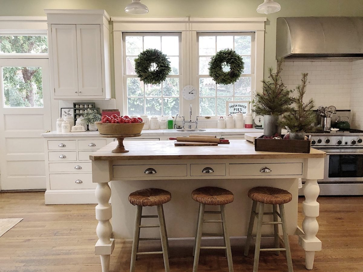 Holiday Housewalk Tour Kitchen island