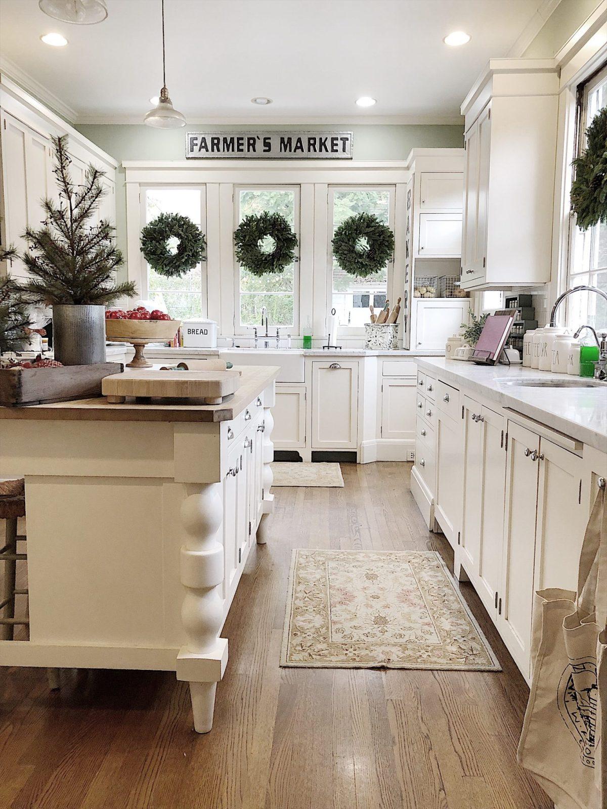 Holiday Housewalk Tour Kitchen