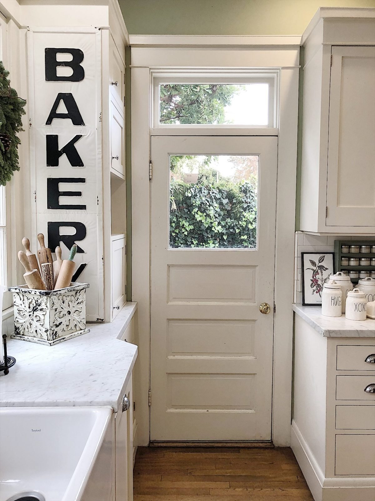 Holiday Housewalk Tour kitchen door transom