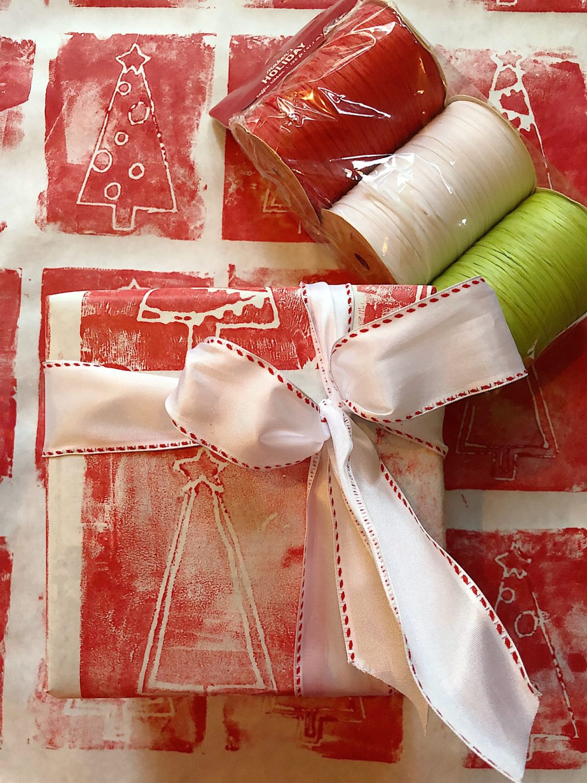 DIY wrapping paper 8