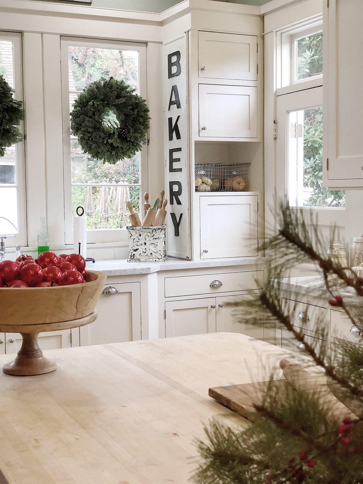 christmas kitchen decor 4