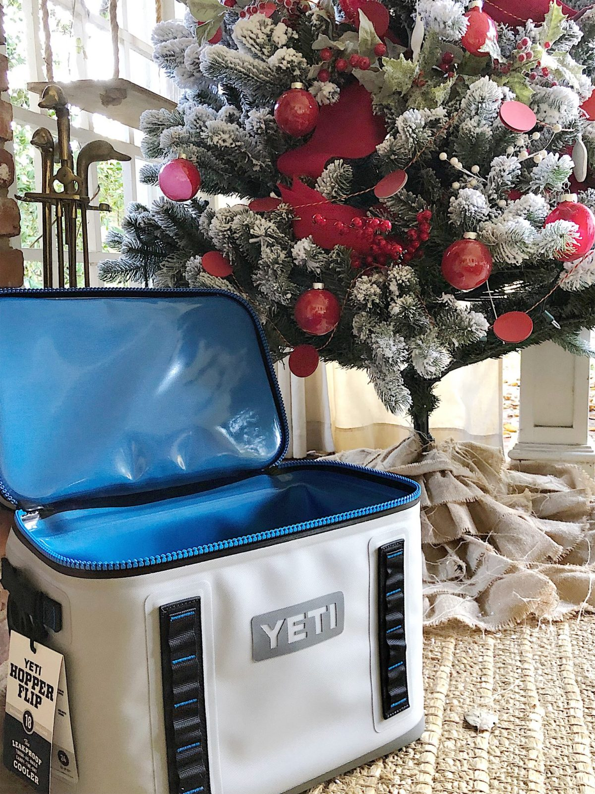 holiday gift buying for men yeti cooler