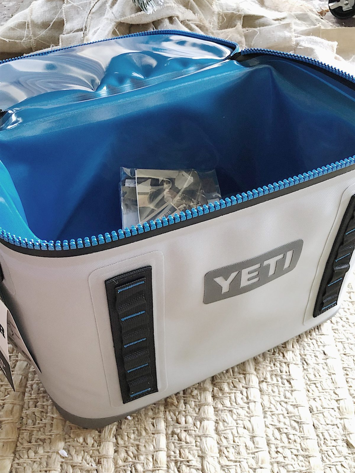 holiday gift buying for men yeti soft cooler