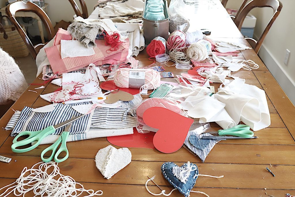 Valentine fabric hearts DIY 10