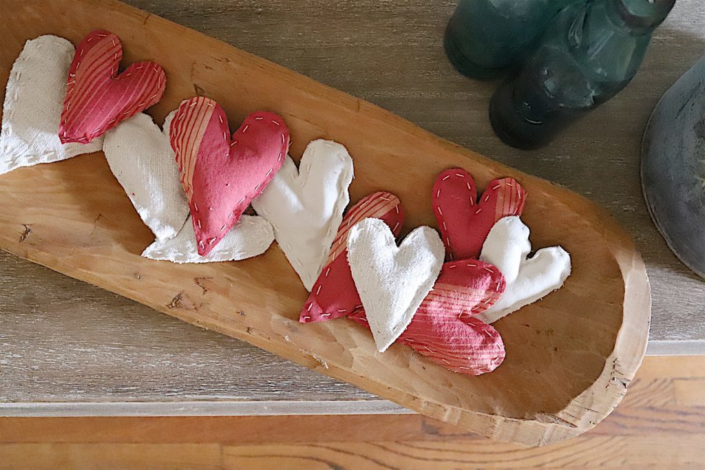 Valentine fabric hearts DIY 11