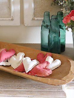 Valentine fabric hearts DIY