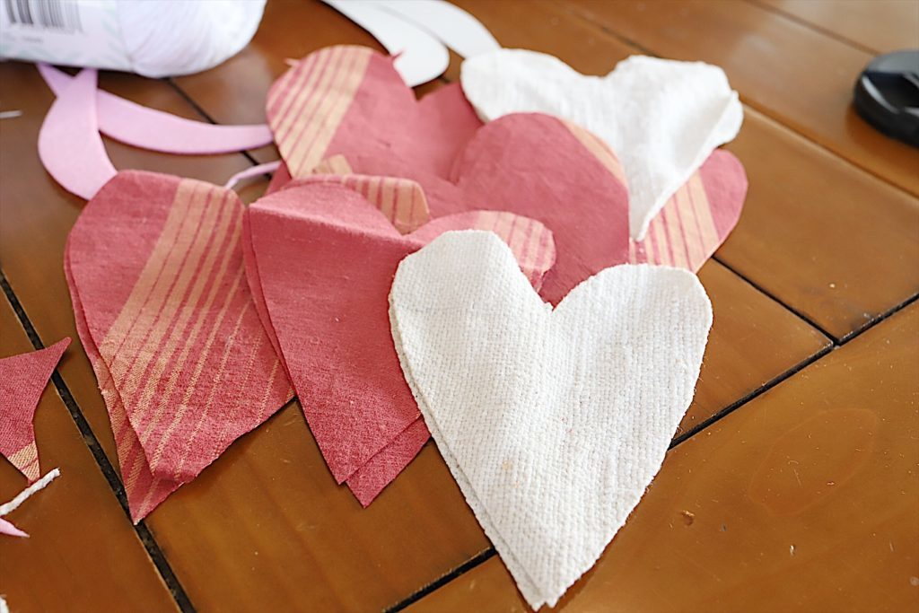 Valentine fabric hearts DIY 5
