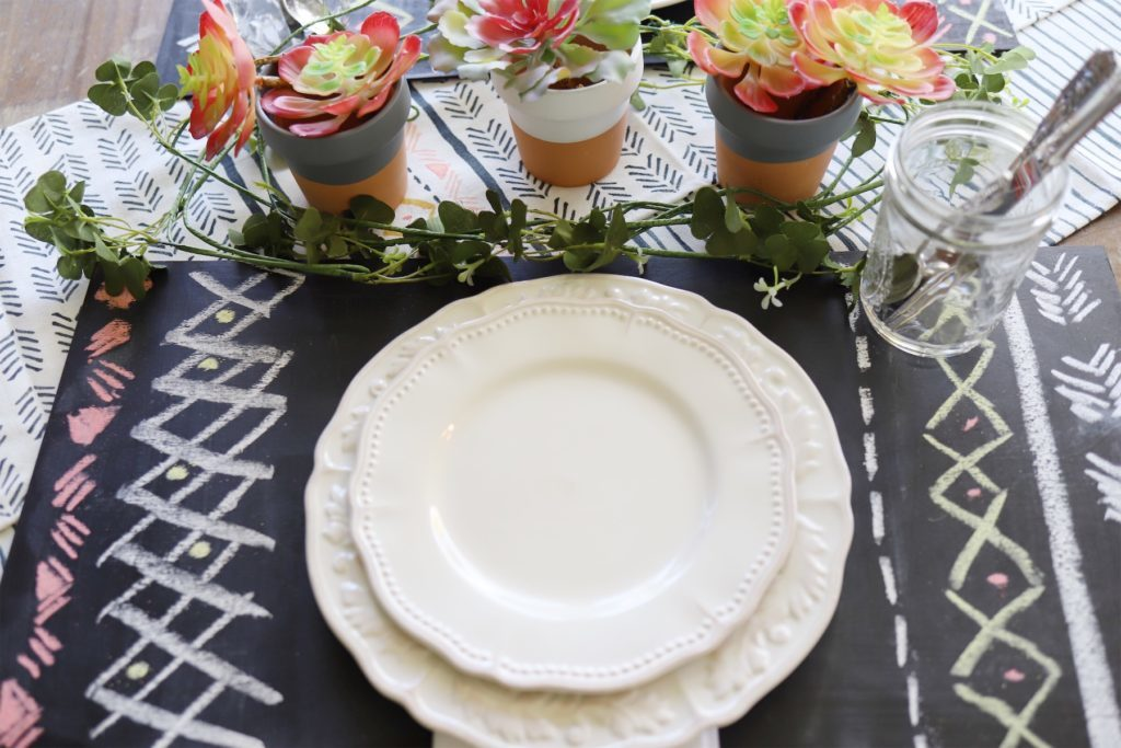 outdoor entertaining dining placesetting