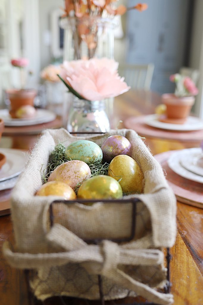 Easter Table Decor easter eggs