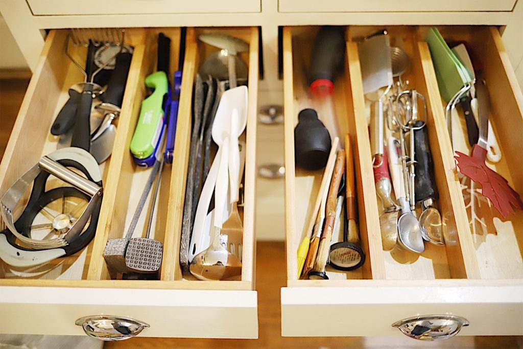 How to Organize Your Kitchen Drawers 3