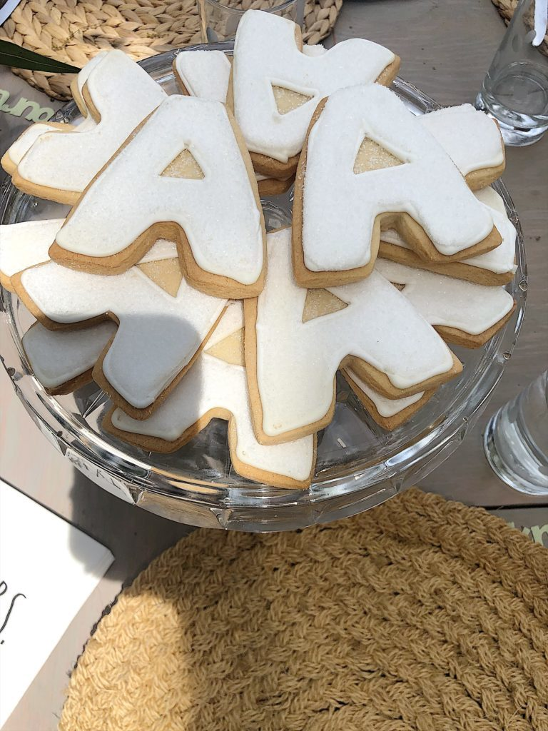 How to Plan a Bridal Shower cookies
