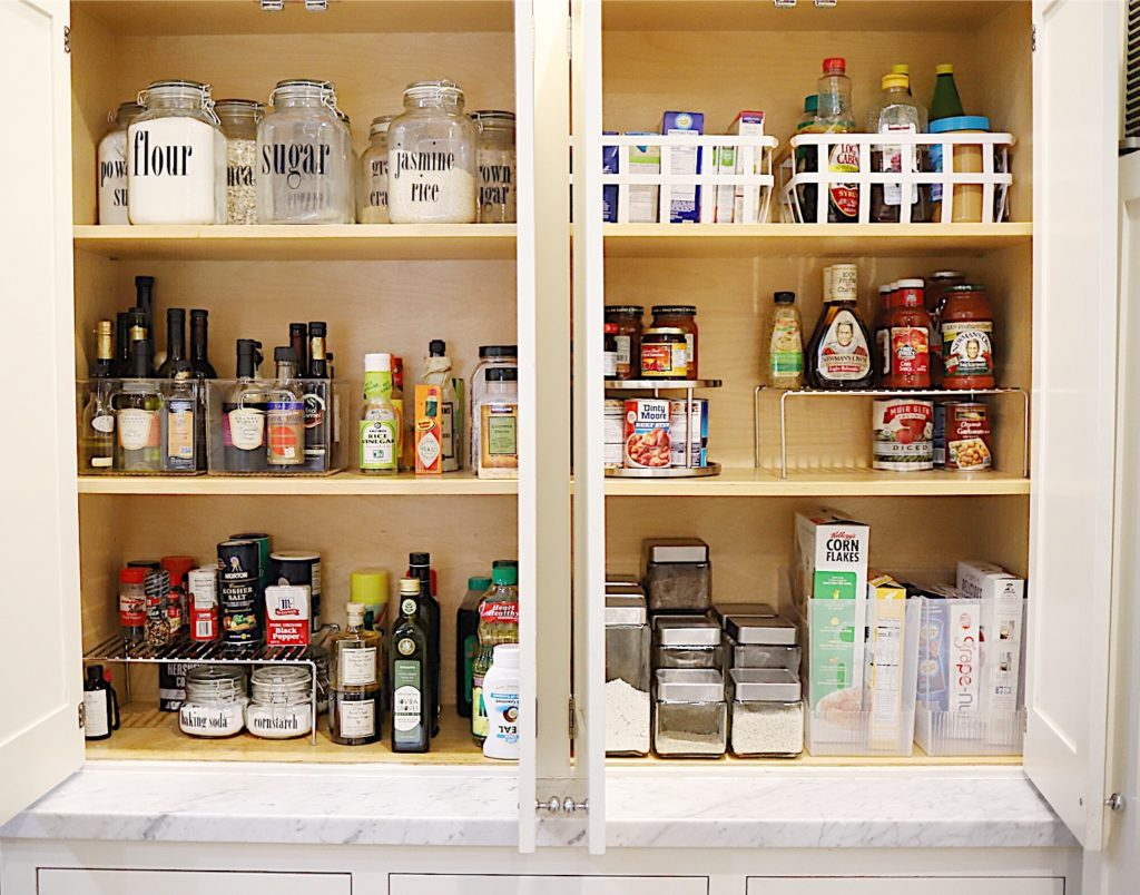 How to organize your kitchen pantry 6