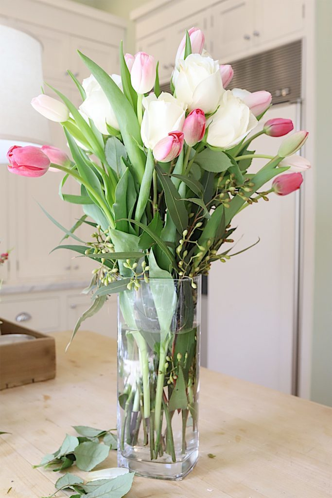 how to make a floral arrangement 11