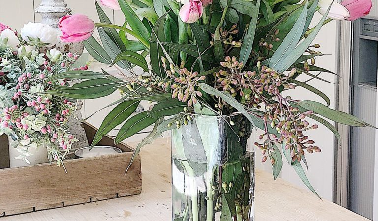 How to Make a Mother's Day Floral Arrangement for $25