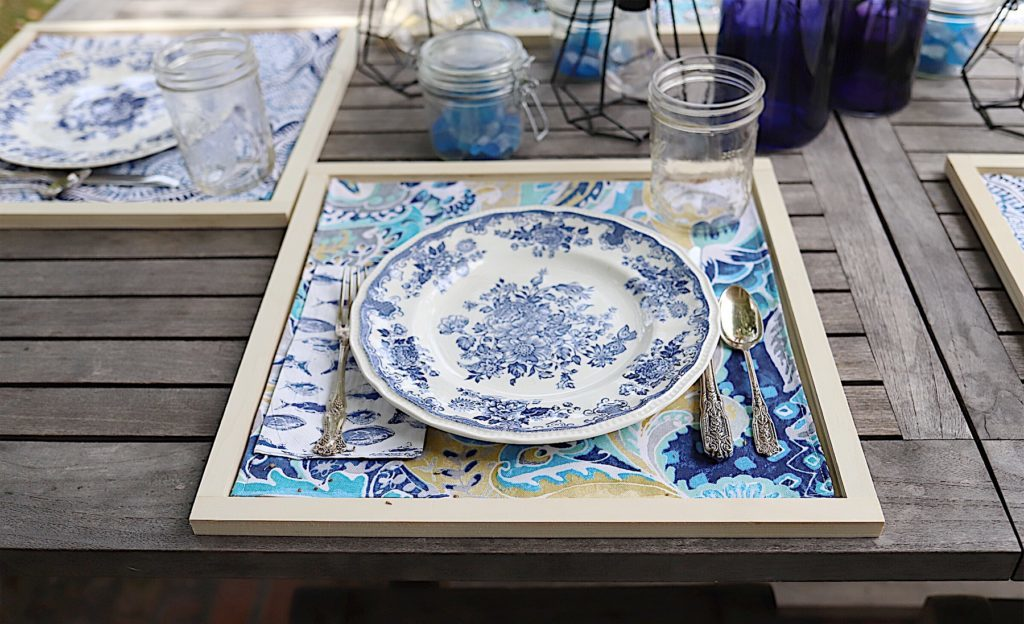 indigo blue placemats and chargers diy 7