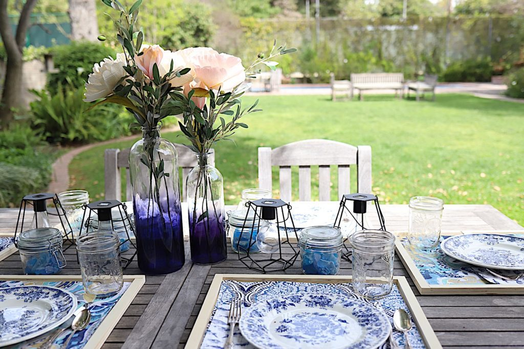 spring indigo blue tablesetting