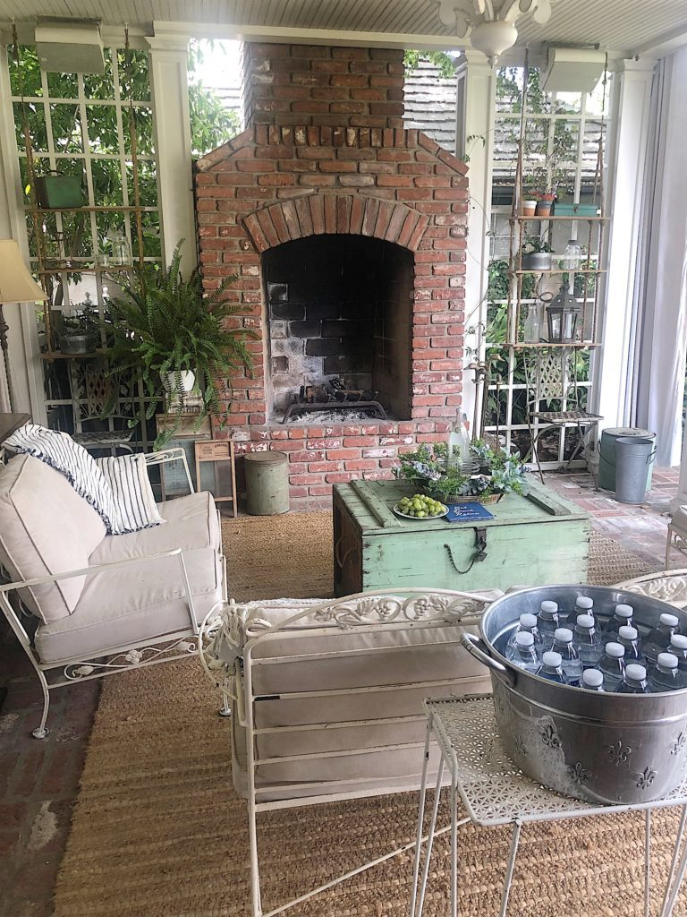 spring porch makeover in blue