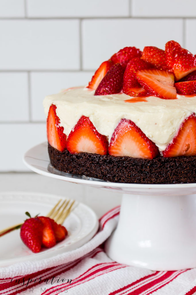 strawberry brownie cheesecake-6