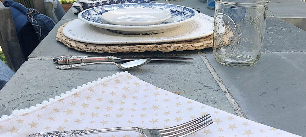 Creating the Perfect 4th of July Decor for a Backyard Barbecue