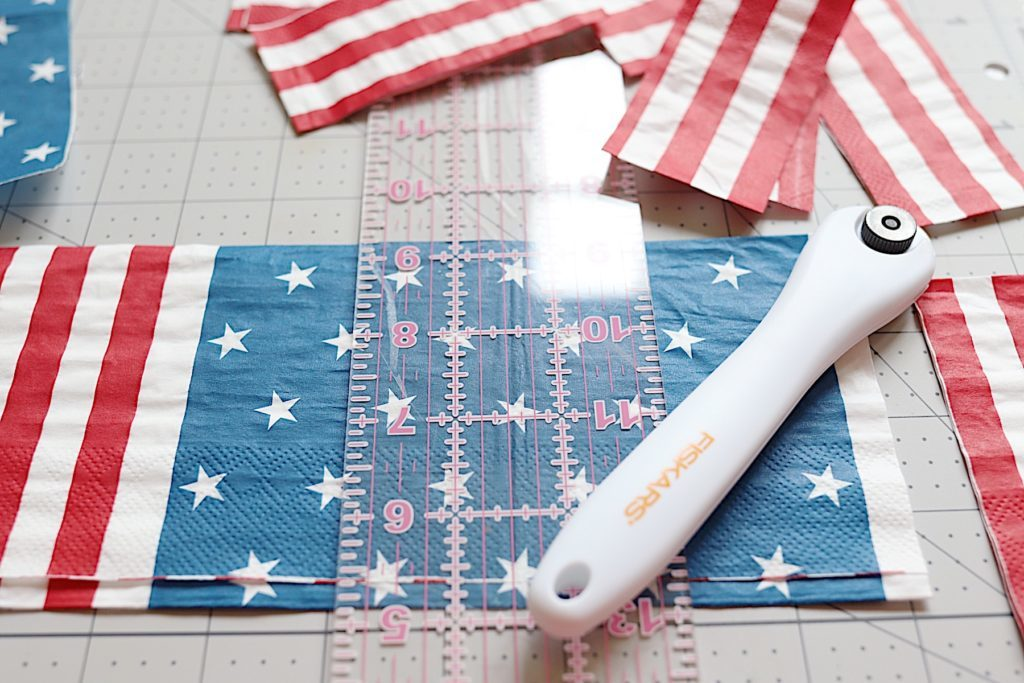 Fourth of July wooden crate paper napkins