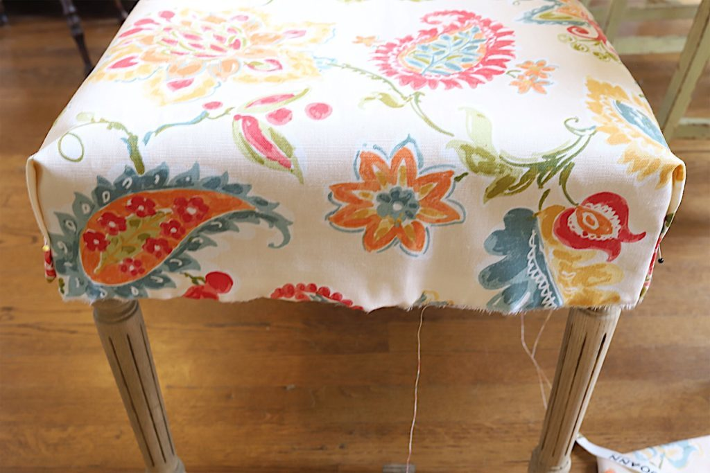 cover a bench with fabric diy
