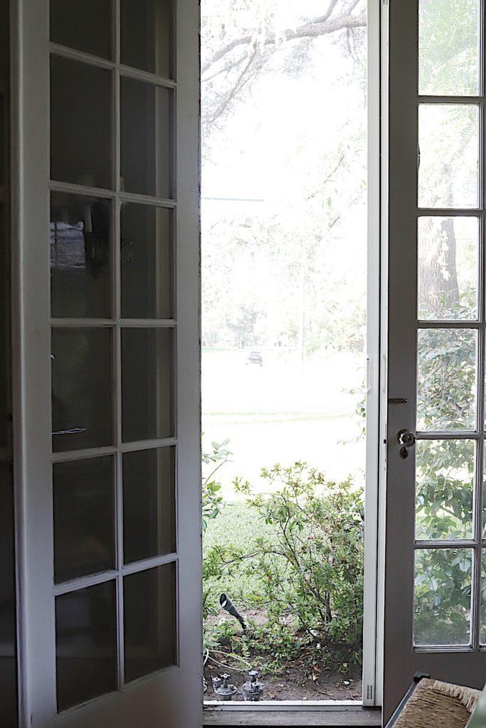screen doors in the living room