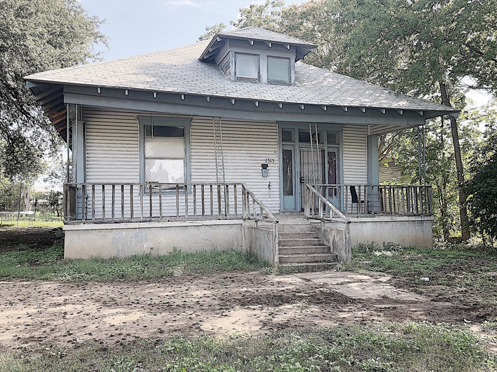 Waco Fixer Upper Home before photo