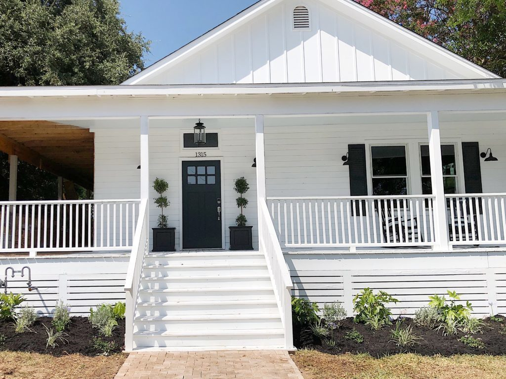 Waco Fixer Upper curb appeal