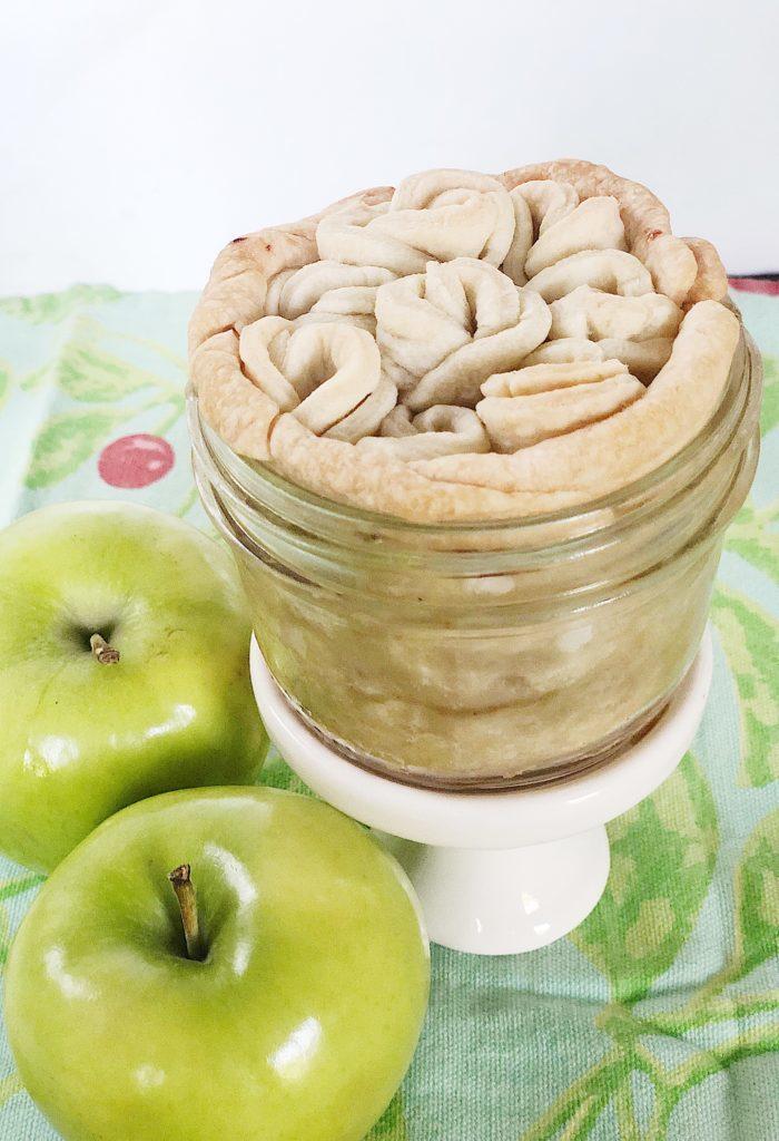 mini apple pie crust is delicious