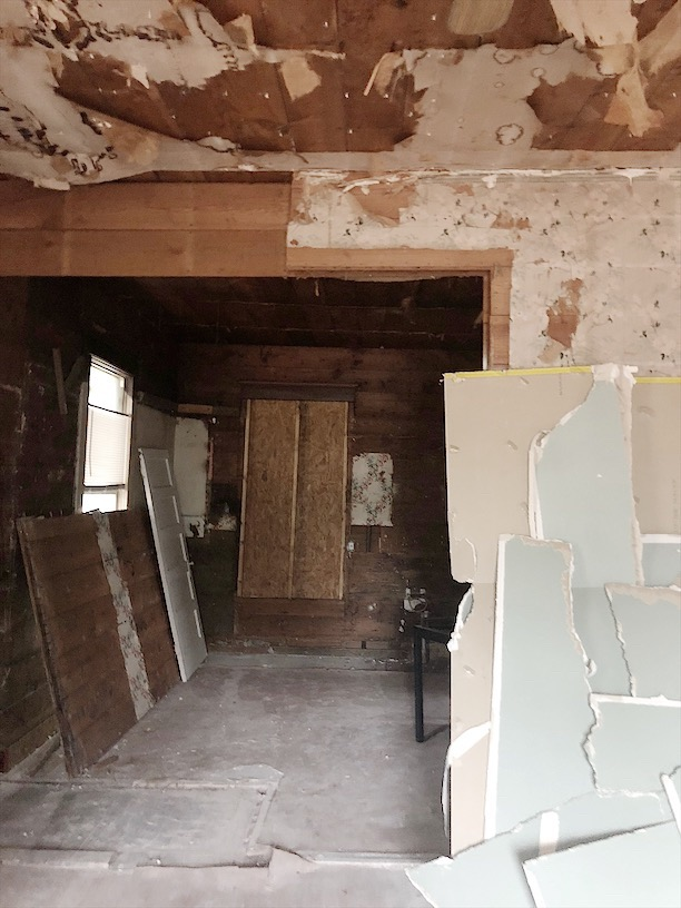 image of waco fixer upper home before remodel
