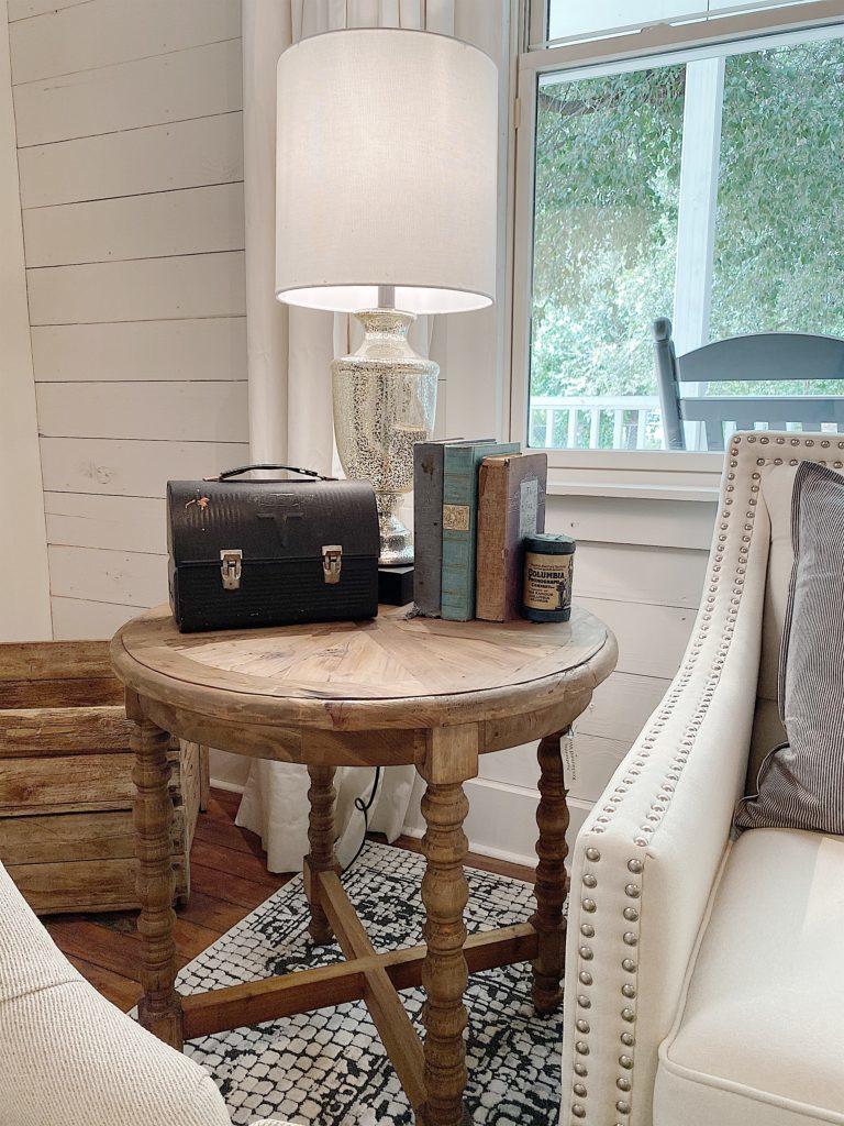 modern farmhouse furniture