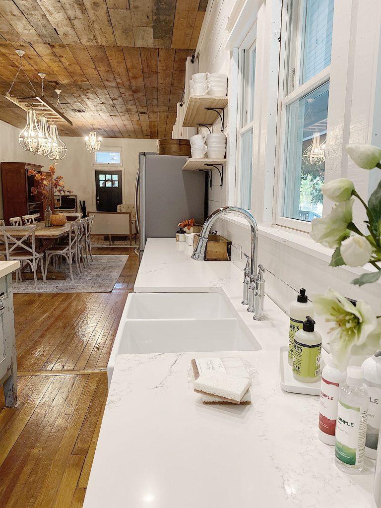 kitchen in airbnb