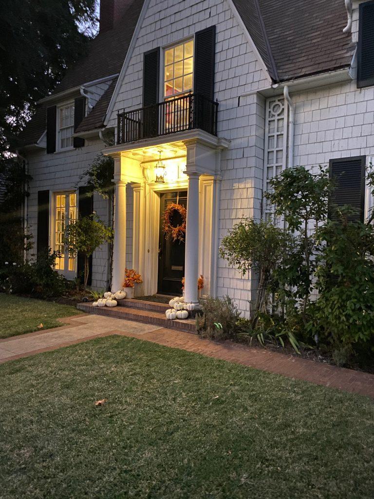 porch light on house