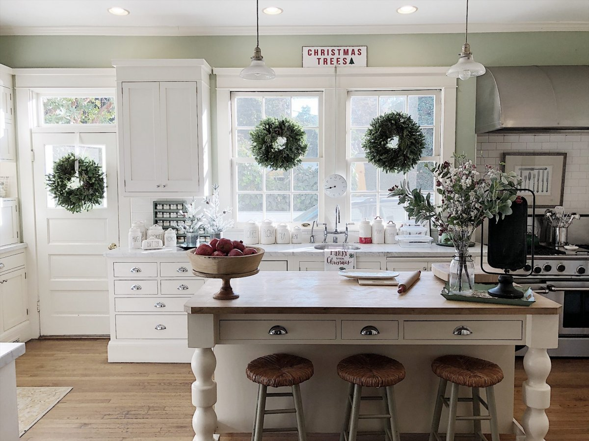 Easy Elegance Wednesdays Inspirational Christmas Decorating Ideas My 100 Year Old Home